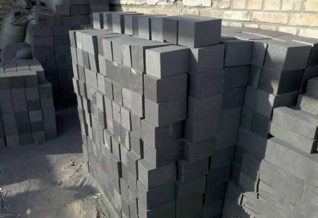 石墨块在水泥回转窑上的应用