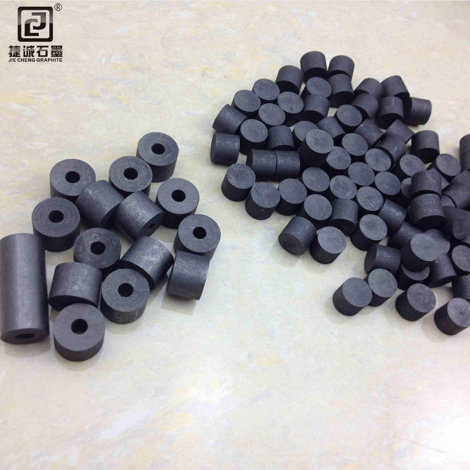 石墨柱成型方式分为两种